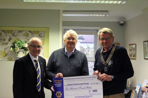 Selsey Lions Club Presnts cheque to Community Forum